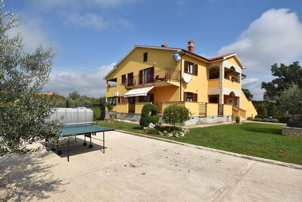 Ruim appartement in Istrië met fijn privézwembad - Boerderijvakanties.nl