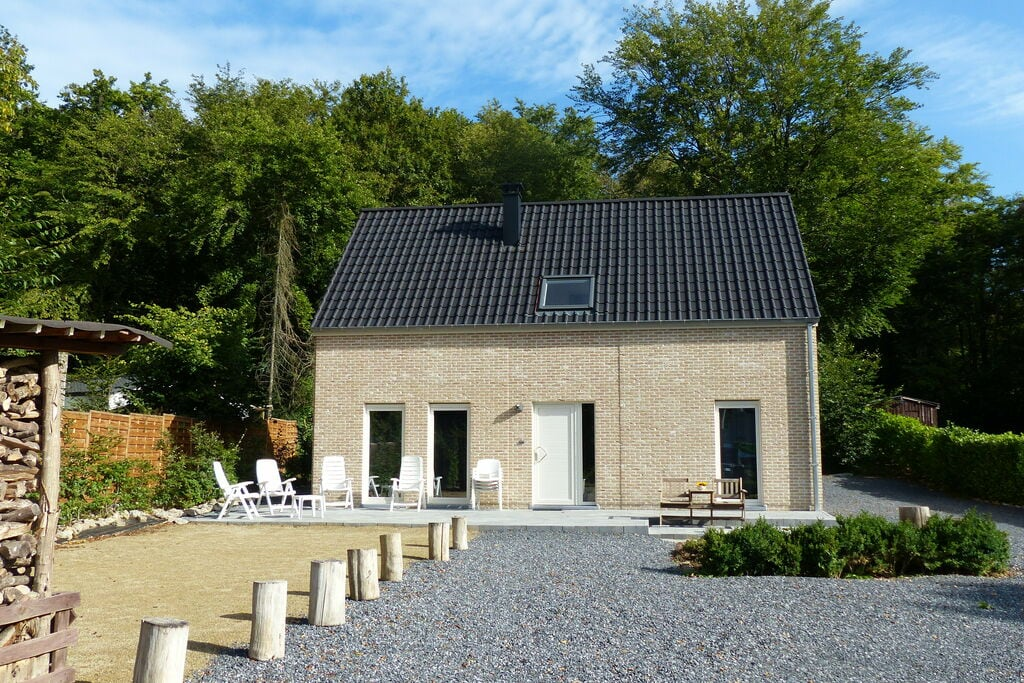 Nieuw huis aan de rand van een groot bos, grote tuin, zeer rustig, mooi gebied - Boerderijvakanties.nl
