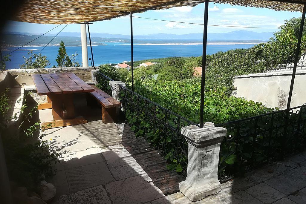 Ruime vakantiewoning met terras en prachtig zeezicht! - Boerderijvakanties.nl