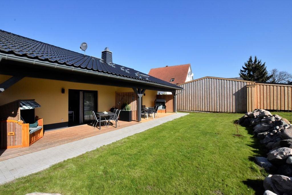Schitterende vakantiewoning in Barnekow met omheinde tuin - Boerderijvakanties.nl