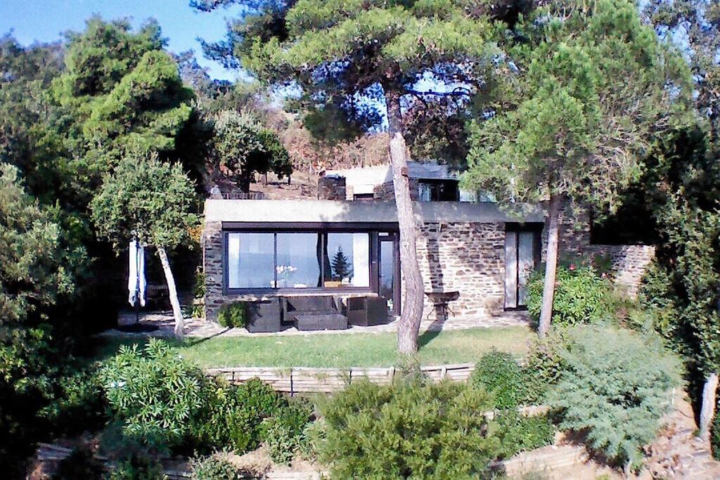 Beleving tussen ongerepte natuur en Côte d'Azur, villa met waanzinnig uitzicht - Boerderijvakanties.nl