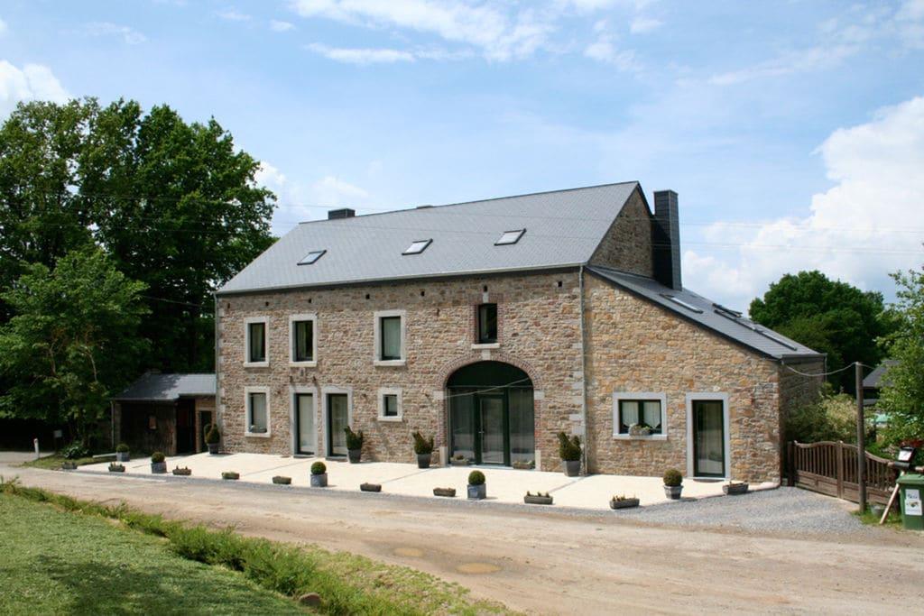 Comfortabel vakantiehuis met sauna en veel spellen in Érezée - Boerderijvakanties.nl