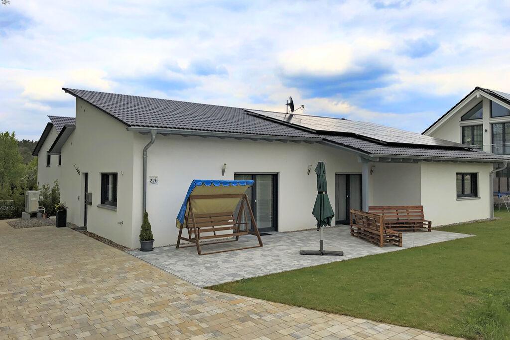 Vakantiehuis in Bodenwöhr i. d. Oberpfalz dicht bij de Hammersee met tuin en terras - Boerderijvakanties.nl