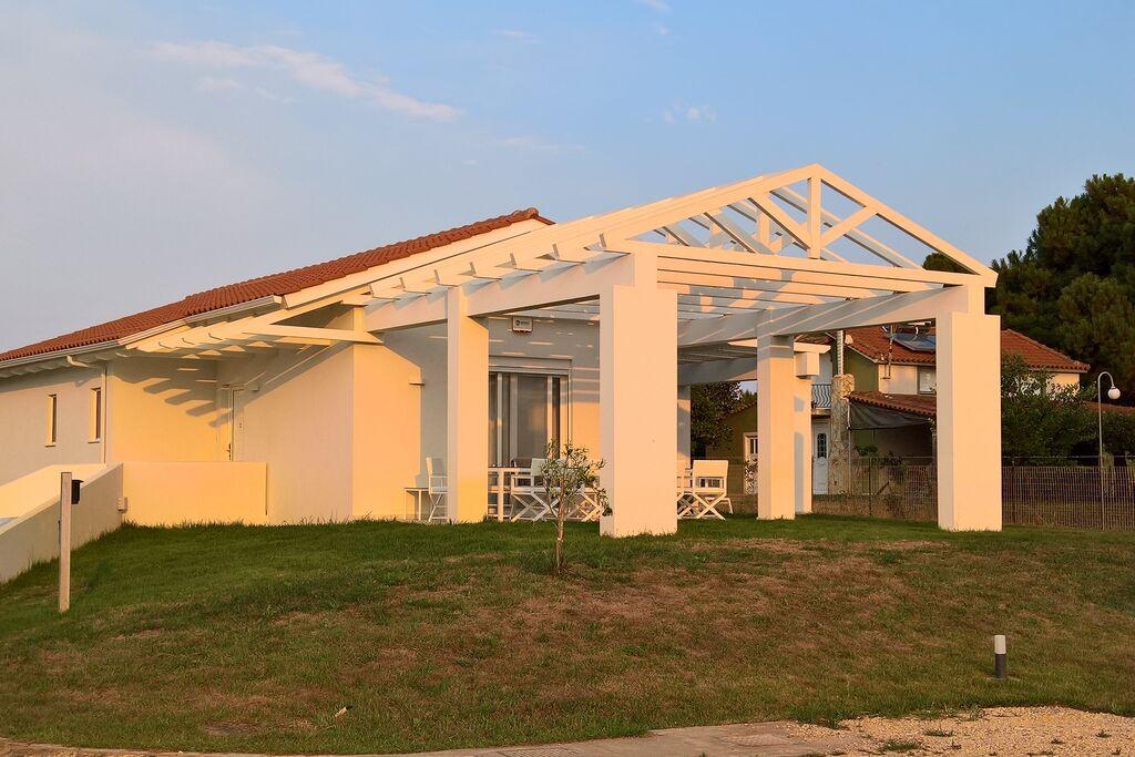 Moderne villa in Griekenland met een zwembad - Boerderijvakanties.nl