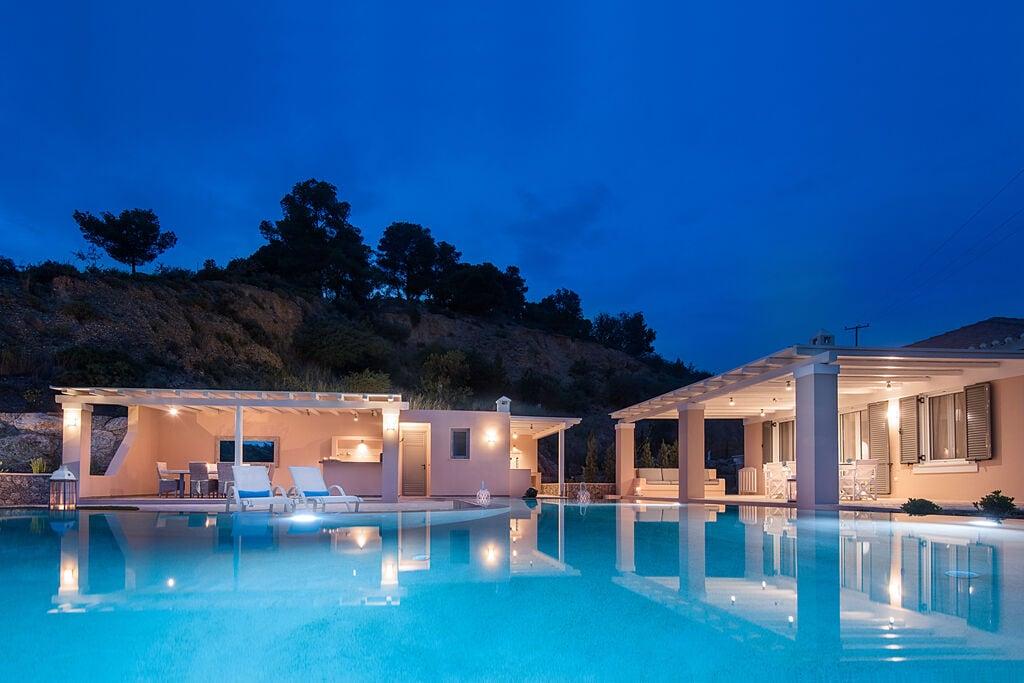 Prachtige villa in Peloponnese met zeezicht - Boerderijvakanties.nl