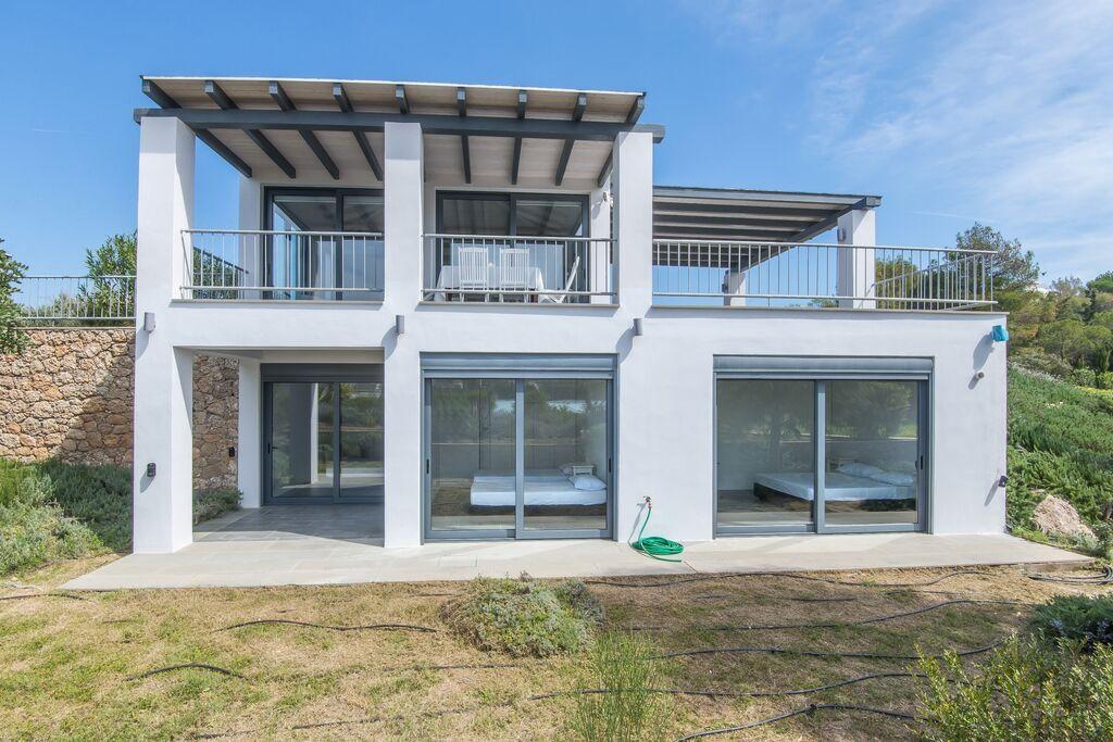 Nieuw vakantie huis aan (kiezel)strand, mooie omgeving, Porto Heli, Peloponnesos - Boerderijvakanties.nl