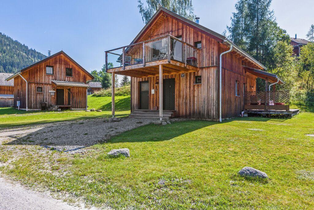 Modern luxe chalet met sauna en heerlijk overdekt terras - Boerderijvakanties.nl