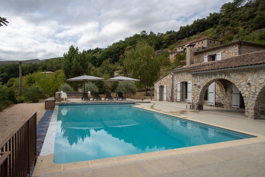 Mooie villa in het zuiden van de Ardèche, ideaal voor gezinnen met kinderen - Boerderijvakanties.nl