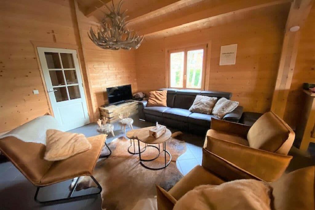 Comfortabel chalet in Manhay met sauna - Boerderijvakanties.nl
