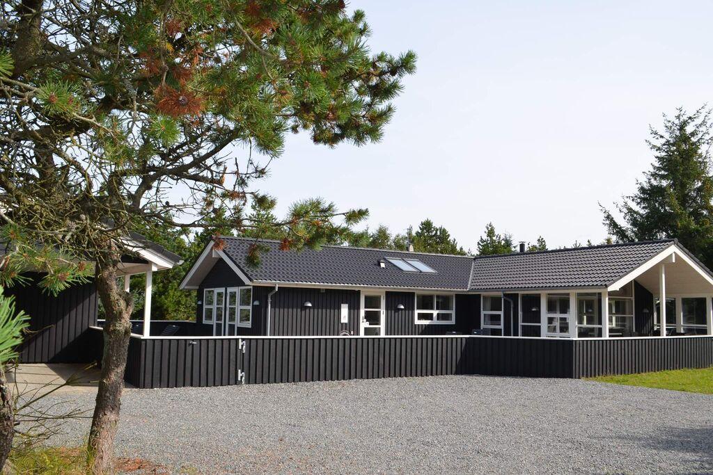 10 persoons vakantie huis op een vakantie park in Blåvand