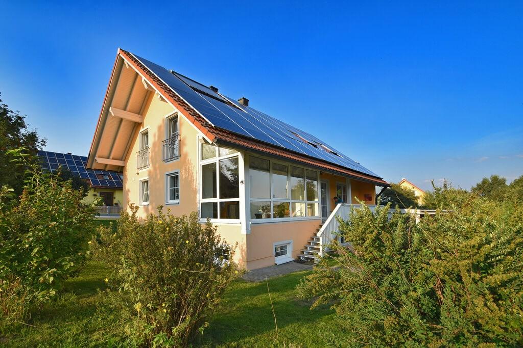 Vakantiehuis in Beieren, idyllisch en landelijk gelegen met tuin en terras - Boerderijvakanties.nl