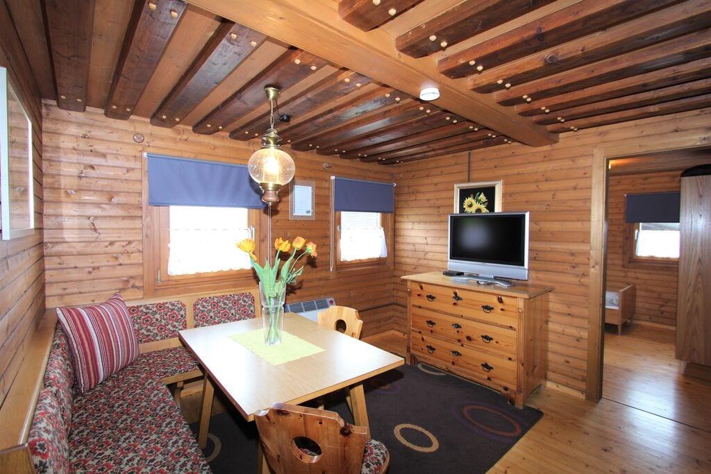 Authentiek appartement in 450 jaar oude boerderij met zwembad - Boerderijvakanties.nl