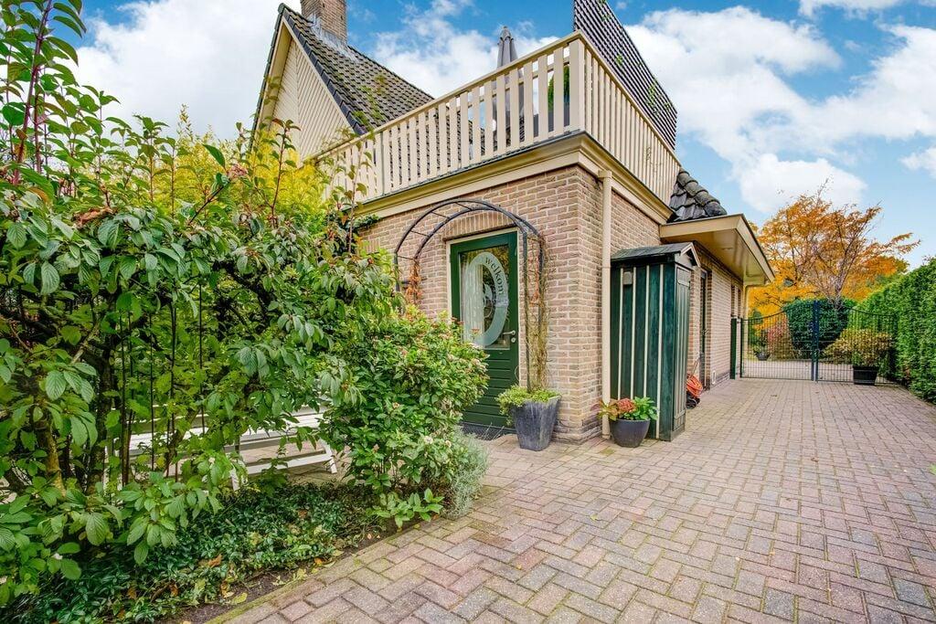 Landelijk appartement in Noordwolde met balkon - Boerderijvakanties.nl