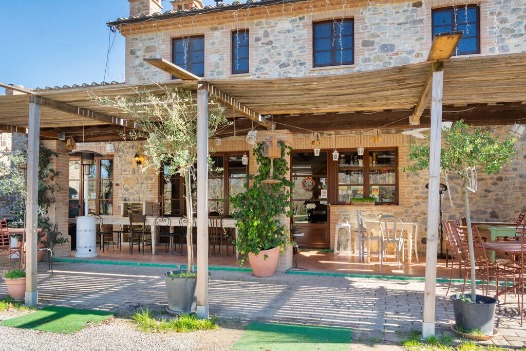Mooie cottage in Città della Pieve met zwembad - Boerderijvakanties.nl