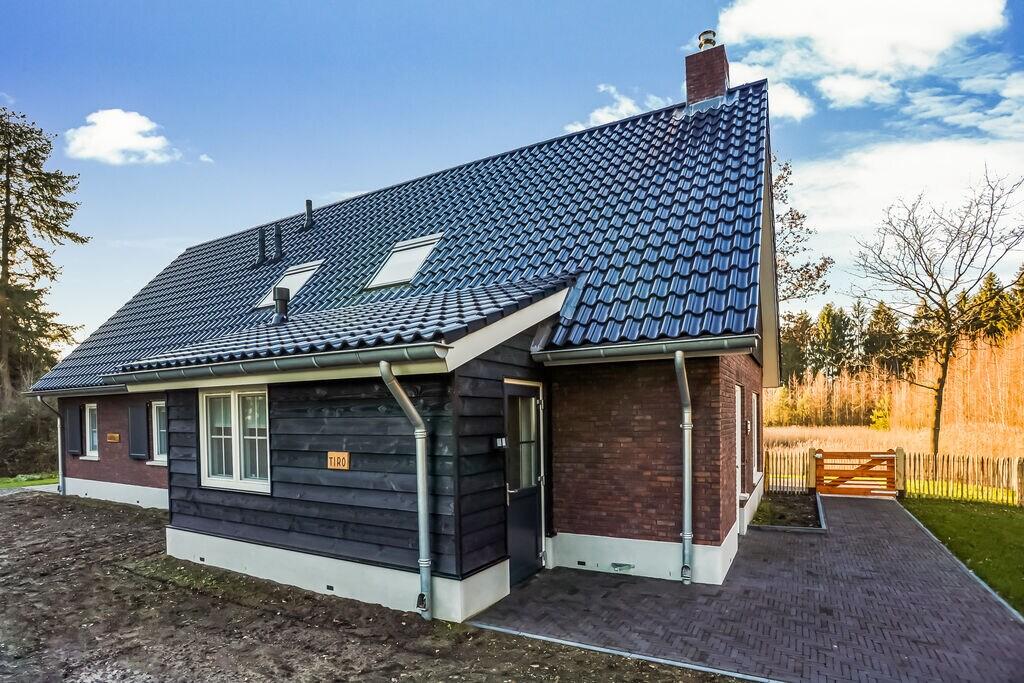 Aantrekkelijk vakantiehuis voor 12 personen in Rijssen - midden in de natuur - Boerderijvakanties.nl