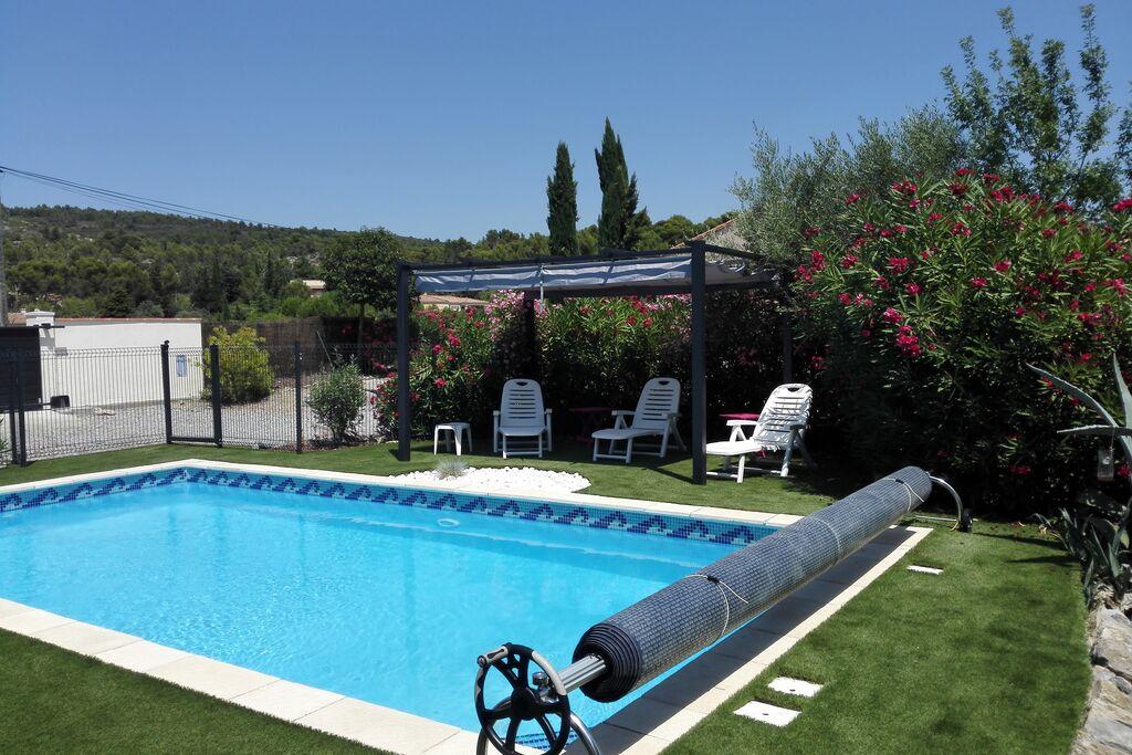 Charmante villa in Azillanet met privézwembad - Boerderijvakanties.nl