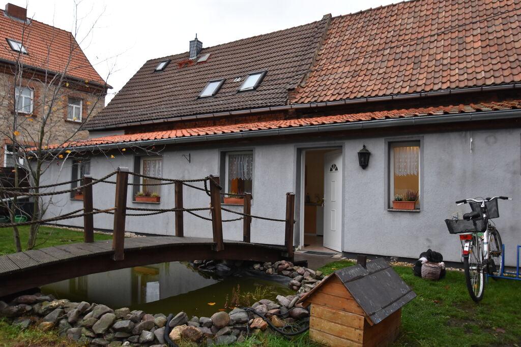 Licht en gezellig appartement met eigen ingang in Meisdorf im Harz - Boerderijvakanties.nl