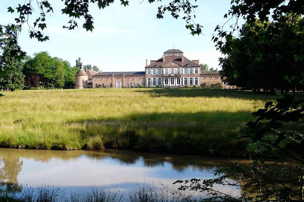 Gastenverblijf in een luxueus kasteel in de Allierstreek van Frankrijk - Boerderijvakanties.nl