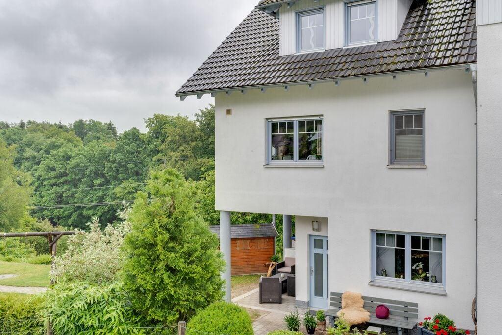 Mooie vakantiewoning tussen Winterberg en Willingen met aparte ingang - Boerderijvakanties.nl