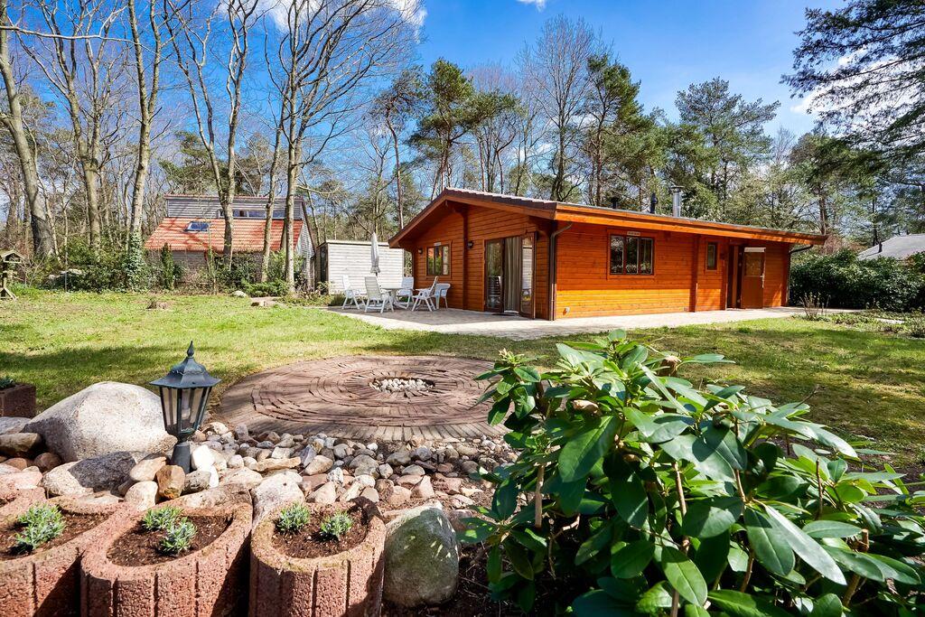 Leuke bungalow in Holten met een tuin - Boerderijvakanties.nl