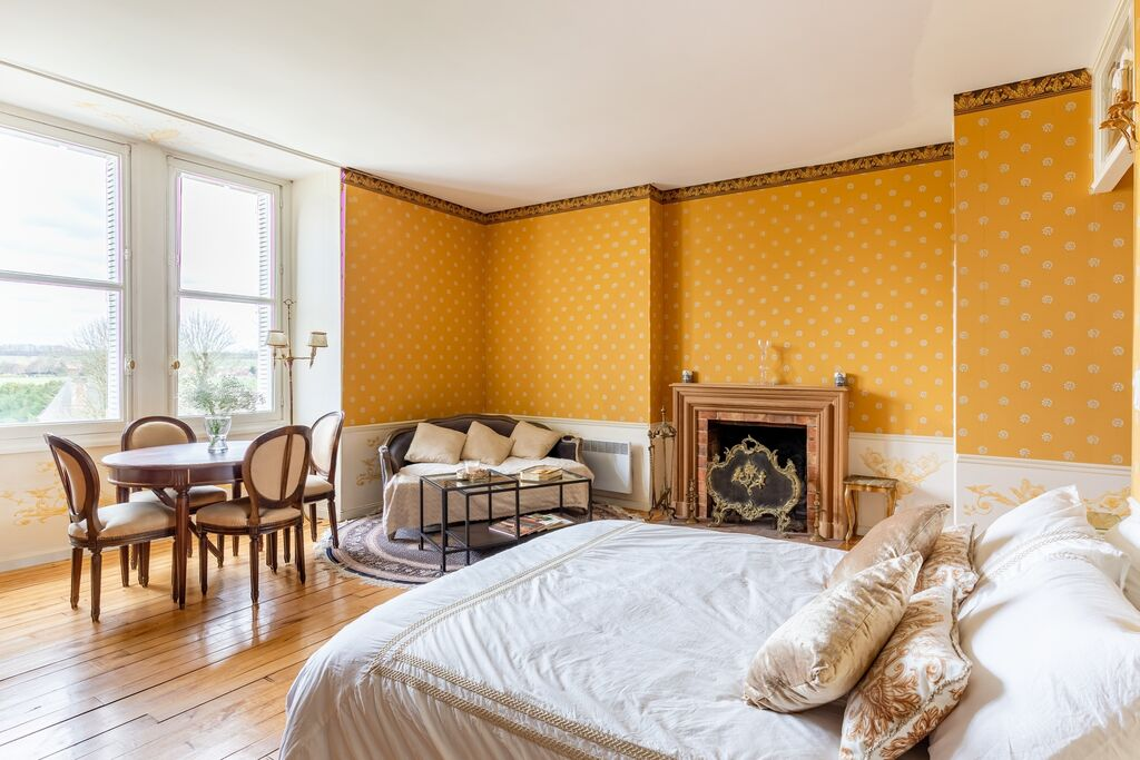 Elegant appartement in een kasteel in Ocquerre - Boerderijvakanties.nl