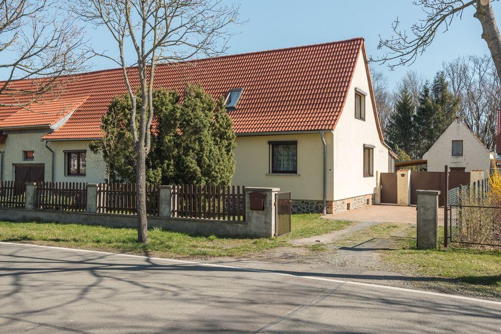 Ruime vakantiewoning in Meisdorf met een terras - Boerderijvakanties.nl