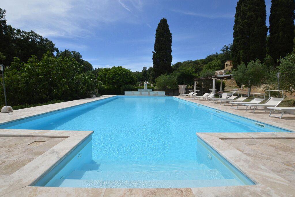 Aangenaam vakantiehuis in Pisa met een zwembad - Boerderijvakanties.nl