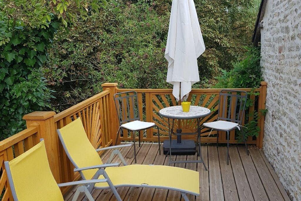 Mooi appartement in Château-Garnier met zwembad - Boerderijvakanties.nl