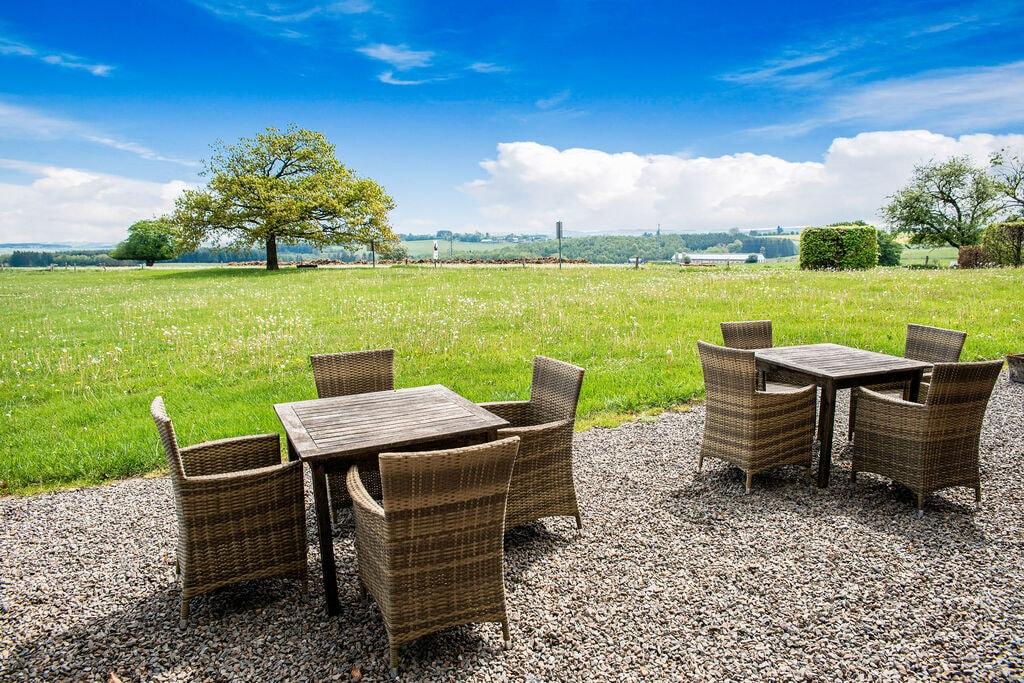 Gezellig vakantiehuis in Ortho met een terras - Boerderijvakanties.nl