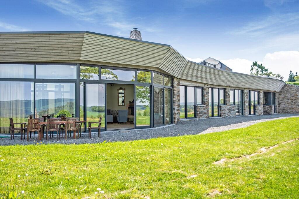 Riant vakantiehuis in Ortho met een tuin - Boerderijvakanties.nl