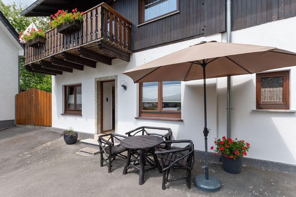 Modern vakantie-appartement in het Sauerland met balkon en tuin - Boerderijvakanties.nl