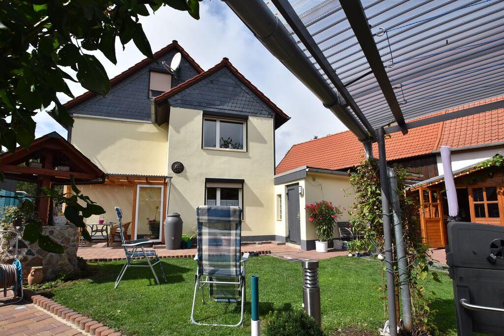 Leuk appartement in Veckenstedt met een terras - Boerderijvakanties.nl