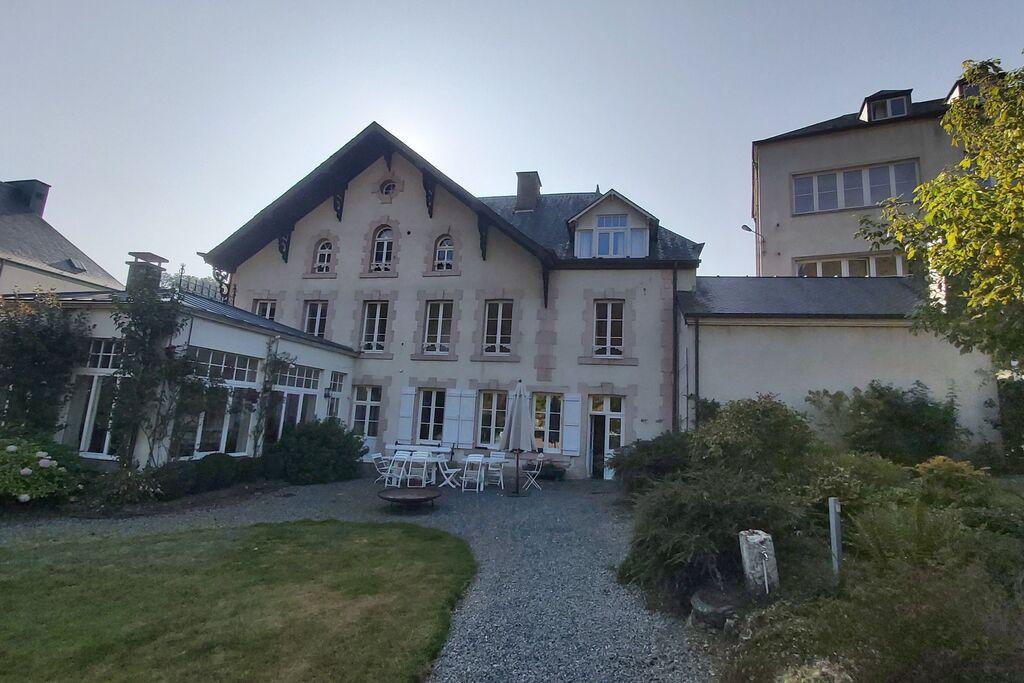 Leuke villa in Bouillon met een heerlijke tuin - Boerderijvakanties.nl