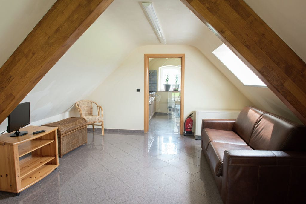 Ruim en goed verzorgd huis met een panoramisch uitzicht, sauna en zomerzwembad - Boerderijvakanties.nl