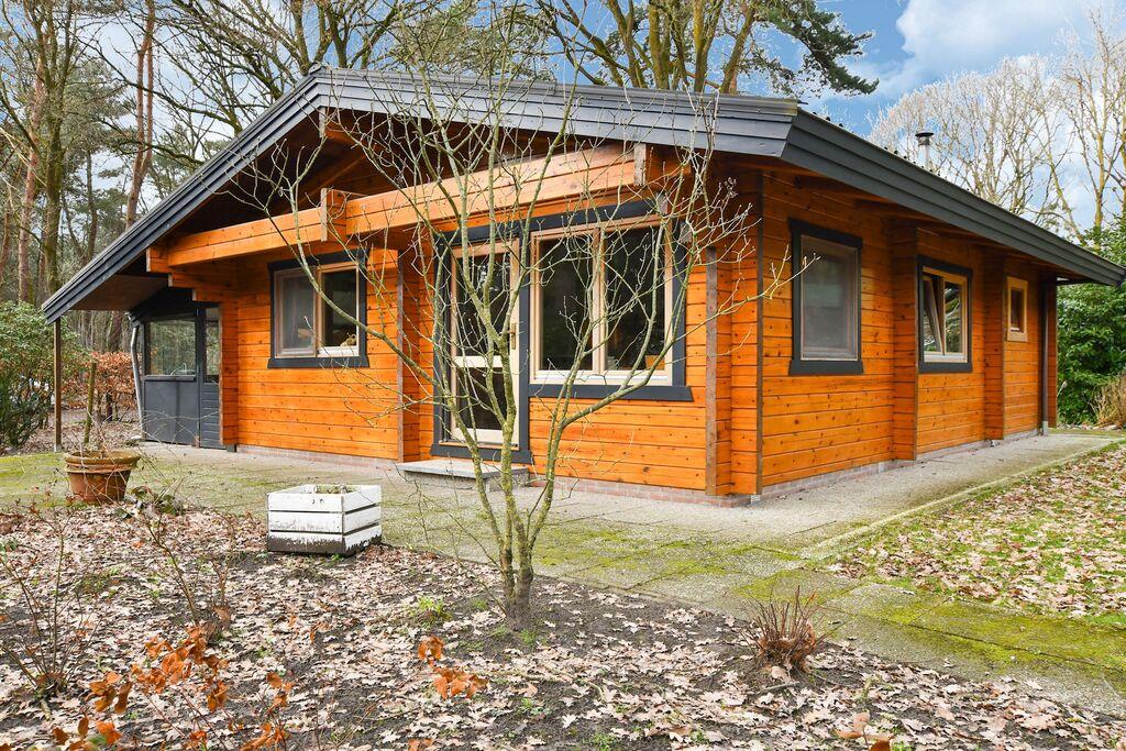Houten vakantiehuis in Meijel met een heerlijke tuin - Boerderijvakanties.nl