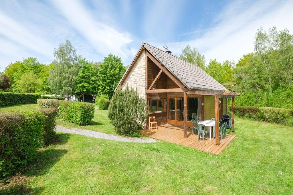 Charmant huisje nummer 10 in Signy-le-Petit in het hart van de natuur - Boerderijvakanties.nl