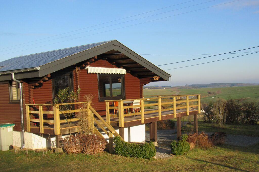 Knus chalet in Tenneville met een privébos van 3 ha en uitzonderlijk panorama - Boerderijvakanties.nl