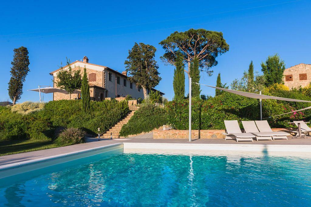 Schilderachtig vakantiehuis in Florence met zwembad - Boerderijvakanties.nl