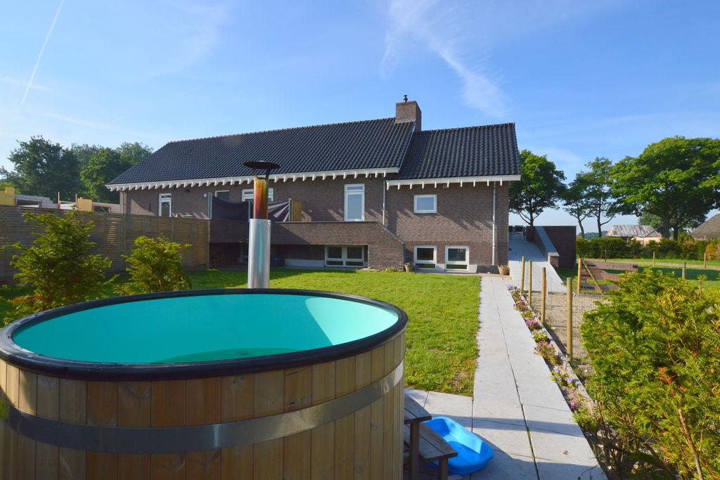 Sfeervol vakantiehuis met sauna en hottube heerlijk landelijk gelegen - Boerderijvakanties.nl