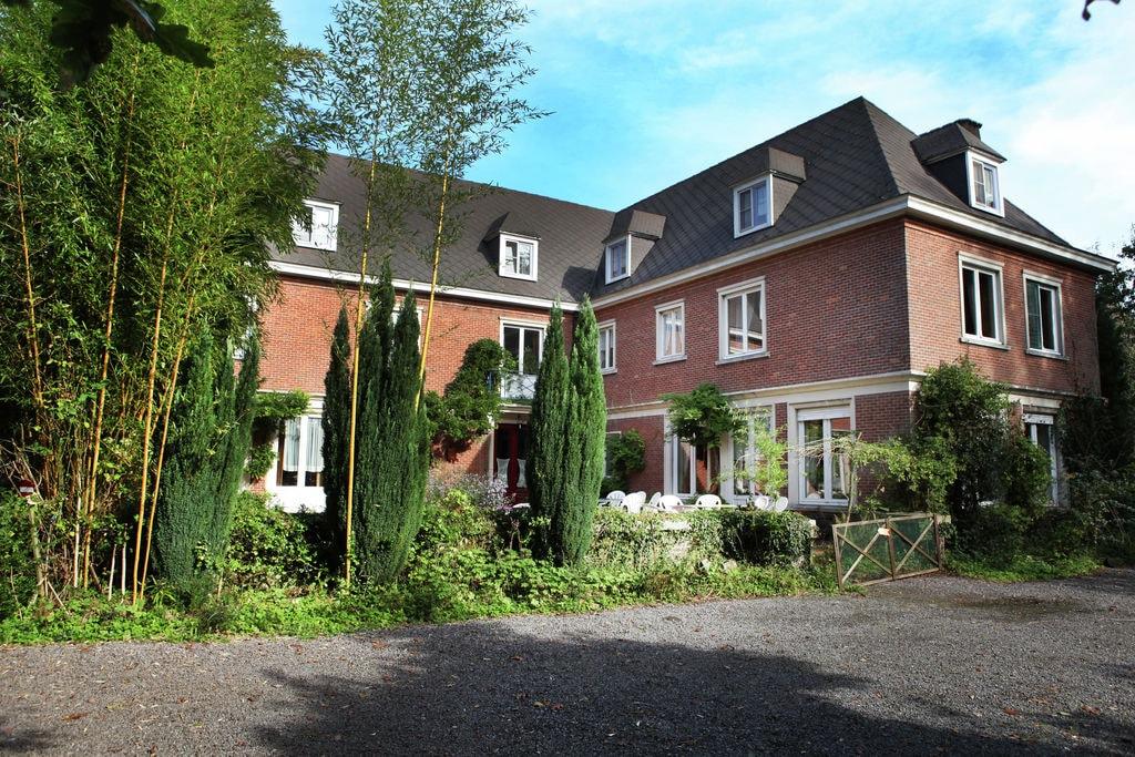 Prachtig landhuis in West-Vlaanderen met omheinde tuin - Boerderijvakanties.nl