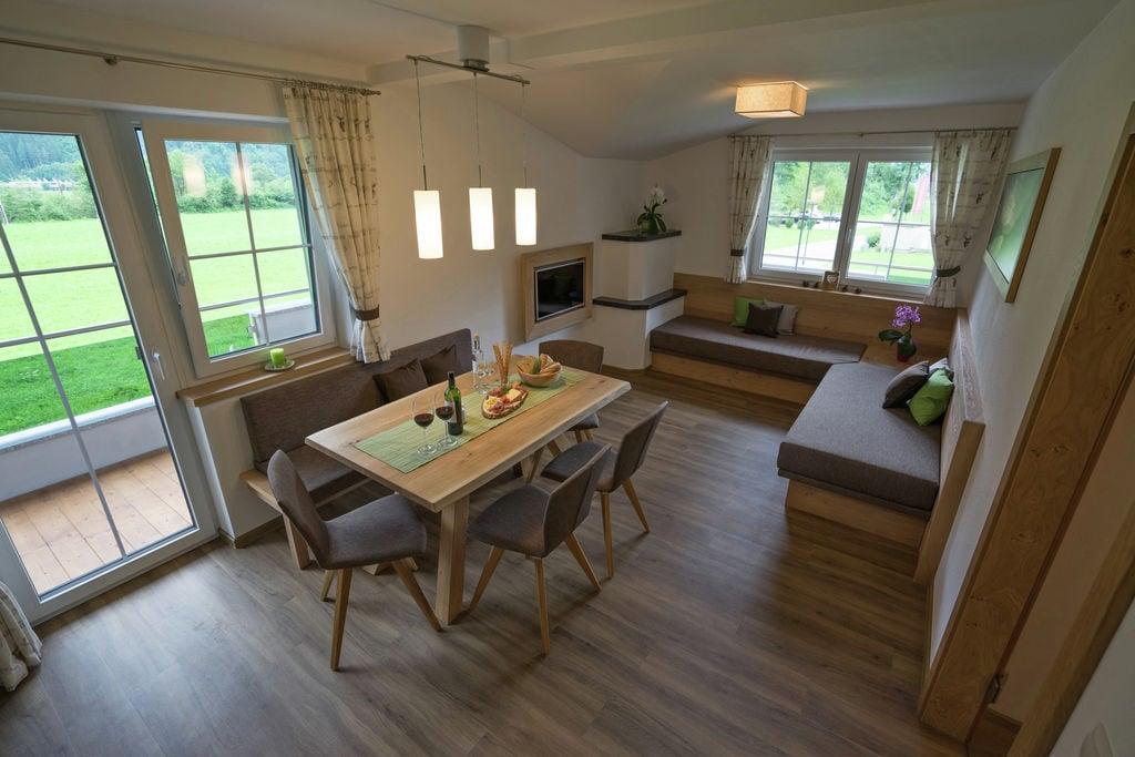Luxe appartement in Mayrhofen in de buurt van 4 skiliften - Boerderijvakanties.nl