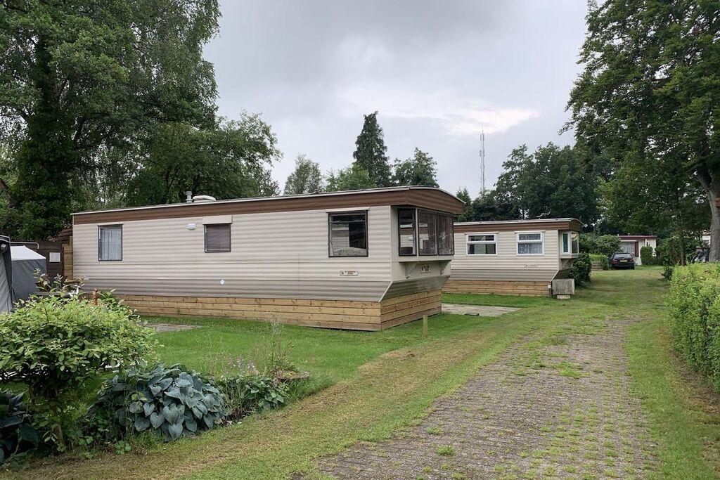 Traditioneel chalet in Wittelte met een gedeeld zwembad - Boerderijvakanties.nl