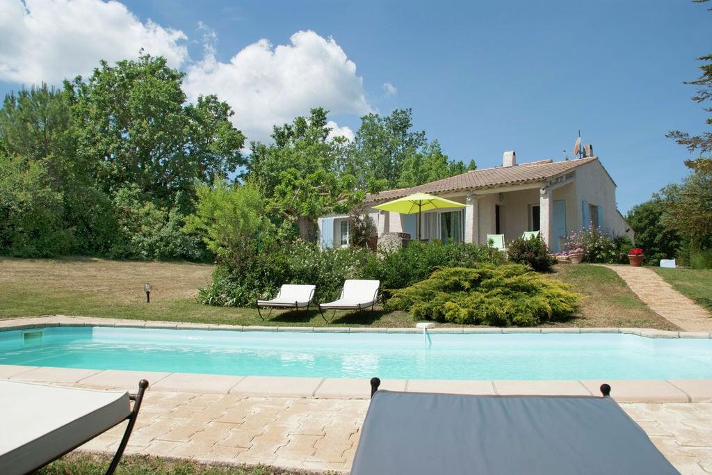 Provençaalse villa met verwarmbaar privézwembad en weids uitzicht, 2 km van dorp - Boerderijvakanties.nl