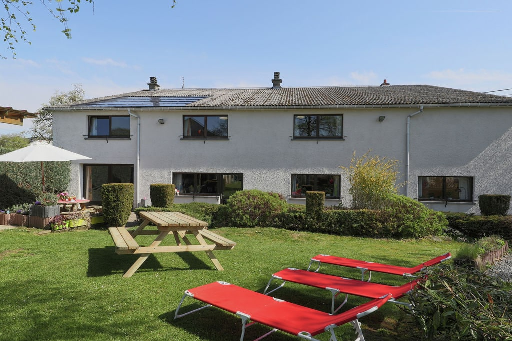Verzorgd en aangenaam dorpshuis met grote tuin bij Gouvy - Boerderijvakanties.nl