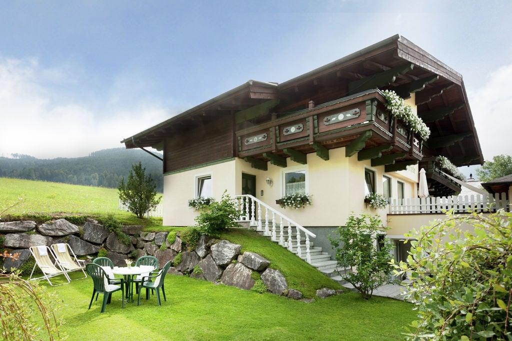 Modern appartement in Filzmoos in de buurt van skigebied - Boerderijvakanties.nl