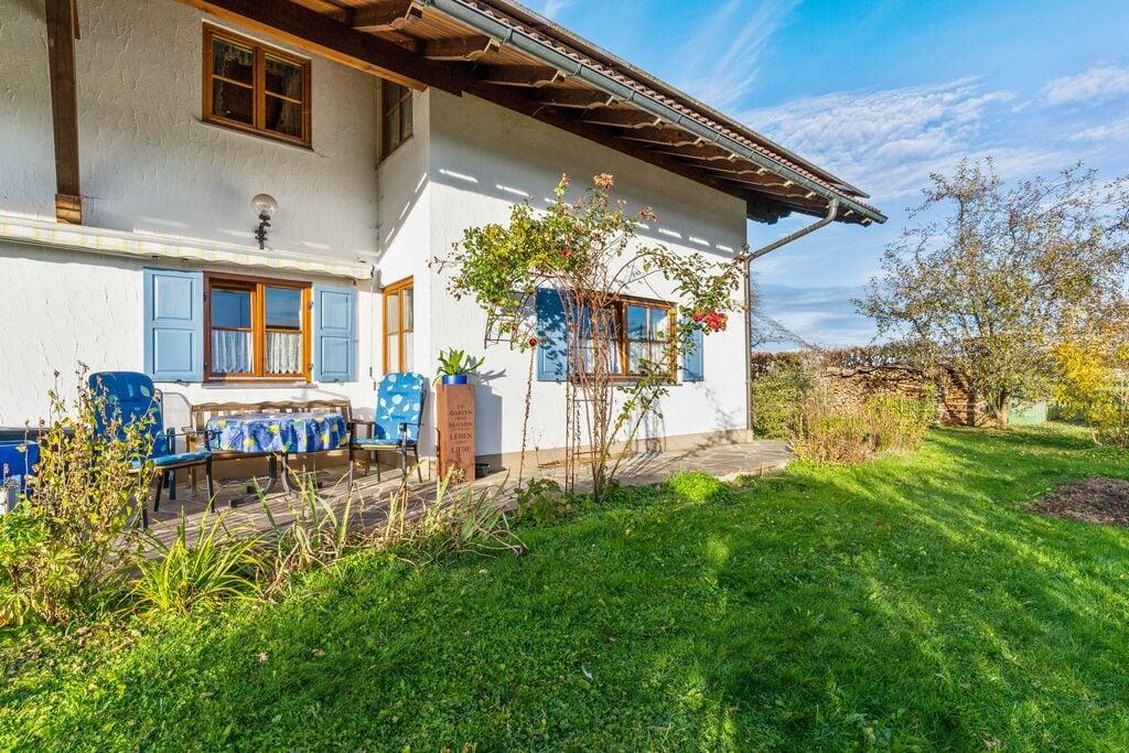 Comfortabel appartement met eigen terras in Pfaffenwinkel in Oberbayern - Boerderijvakanties.nl