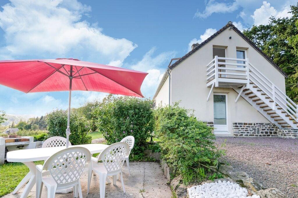Gîte in Saint Remy sur Orne met tuin met prachtig uitzicht - Boerderijvakanties.nl