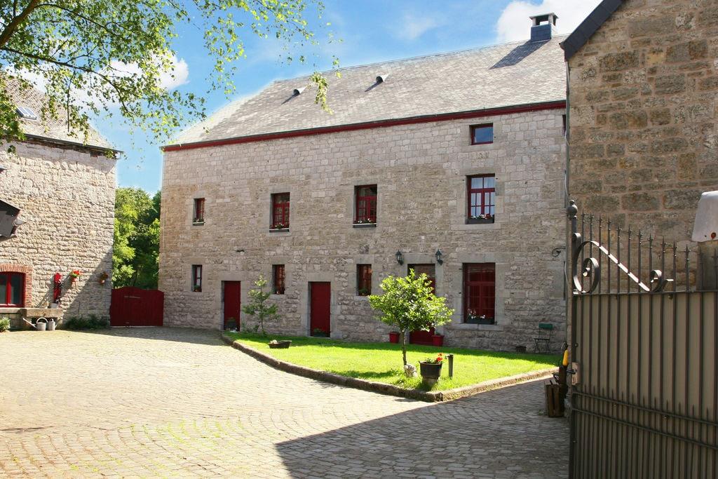 Zeer luxe en aangenaam vakantiehuis voor grote groepen, met sauna - Boerderijvakanties.nl