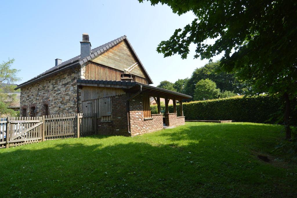 Ideaal voor gezinnen met tuin, overdekt terras dichtbij het meer van Robertville - Boerderijvakanties.nl