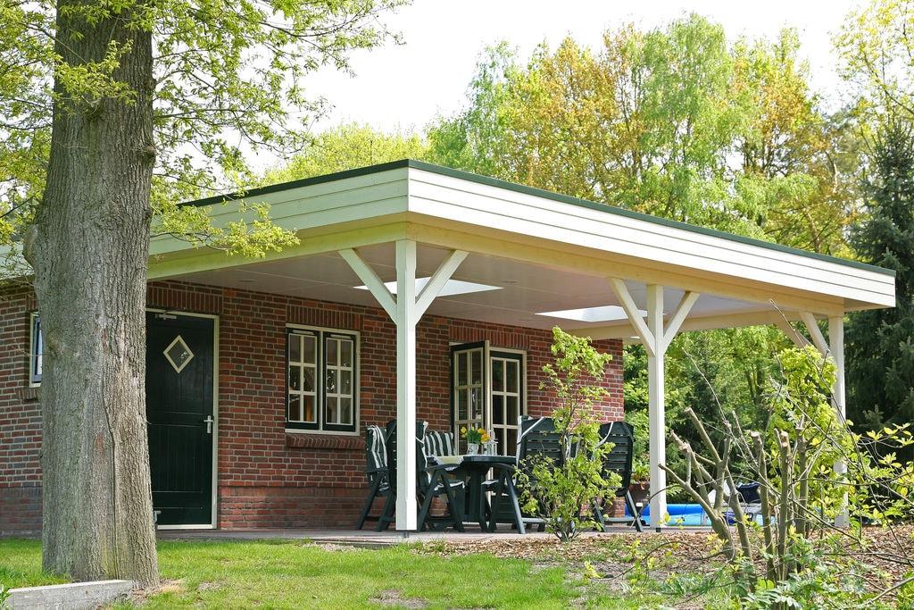 Vrolijke bungalow in Overijssel met speeltuin - Boerderijvakanties.nl